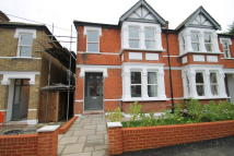 4 bed semi detached house in Fairlight Avenue...
