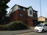 Ground Flat to rent in Clover Way, Wallington