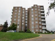 Flat in Beddington Gardens...