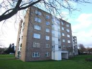 2 bed Flat in Woodcote Road...