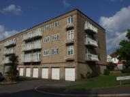 Flat to rent in Tansley Court, Wallington