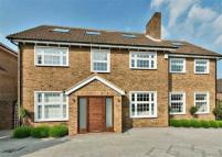 6 bed Detached house in Greenacre Close...