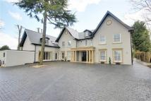 6 bed Detached home in St Ronans Close...