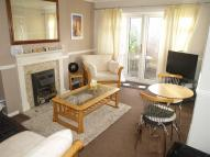 2 bedroom Apartment in Station Close...
