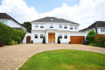 6 bed Detached house in Mymms Drive...