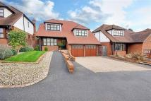 4 bedroom Detached property to rent in Rowbourne Place, Cuffley...