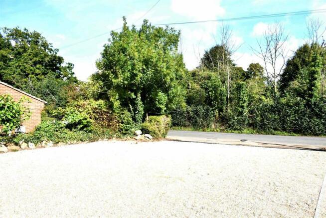 Gravel Drive.JPG