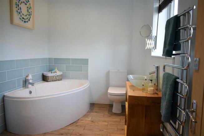 Bath1a .JPG