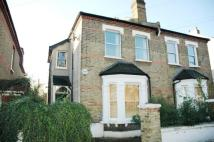 Flat to rent in Graham Road, Wimbledon