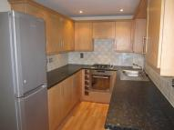 4 bed Town House in Foxgrove Gardens...