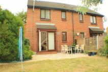 semi detached house to rent in STUNNING