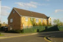 Ground Flat to rent in COLNBROOK
