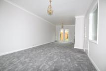 3 bed semi detached home to rent in Raymond Close, Colnbrook