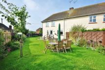 3 bed semi detached property in Oxney Villas, Felsted
