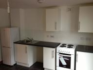 1 bed Flat to rent in Rayners Gardens...