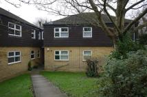 Flat to rent in Smarts Green, Cheshunt