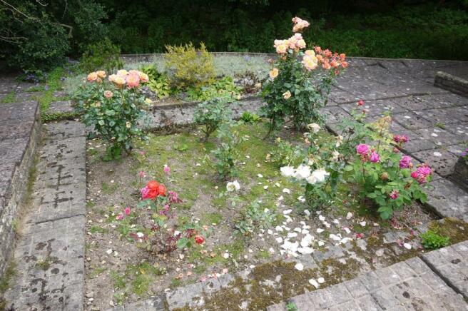 Sunken Rose Garden:-