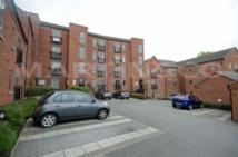 2 bed Apartment in Weavers Court, Hinckley