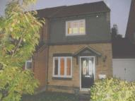 2 bed semi detached property in The Belfry, Luton