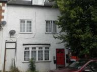 1 bedroom semi detached house to rent in Rothesay Road, Luton