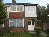 3 bedroom semi detached home to rent in Hart Lane, Luton