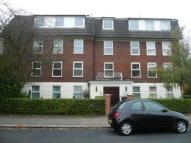 2 bedroom Flat in Old Park Road, Enfield...