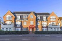 Flat for sale in Chase Side, Enfield