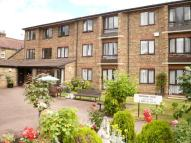 1 bedroom Flat in Gordon Hill, Enfield, EN2