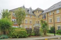 Penthouse in Gater Drive, Enfield, EN2