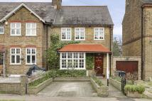 3 bed semi detached property in Gordon Hill, Enfield