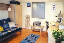 1 bed Studio flat to rent in STUDENT...