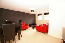 2 bedroom Flat in Beacon Park Road...