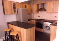 2 bedroom Apartment to rent in Percy Terrace, Plymouth