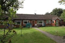 Bungalow in BOURNE END