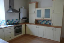 Maisonette to rent in Exmouth