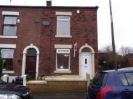 End of Terrace property to rent in Albert Street, Milnrow...