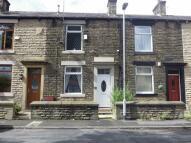 2 bedroom Terraced house in Harbour Lane, Milnrow...
