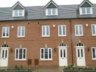 Mews to rent in Twingates, Shaw...
