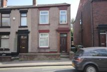 3 bed End of Terrace property in Edenfield Road, Norden...