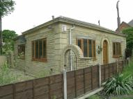 2 bed Detached Bungalow in Rochdale Road, SHAW, SHAW