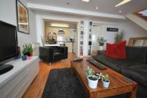 Colina Mews Flat to rent