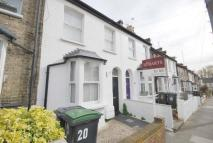 Warberry Road Terraced property to rent
