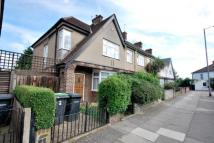 semi detached house to rent in Perth Road, Wood Green...