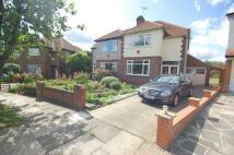 3 bedroom semi detached home in Oakwood Crescent...