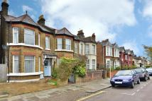 3 bedroom End of Terrace property for sale in Thorold Road, Bowes Park...