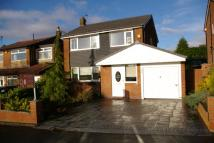 3 bed property in Stitch Mi Lane, Harwood...
