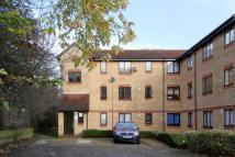 Flat to rent in BARBOT CLOSE, Edmonton