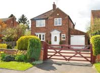 68 Moor Close Detached property for sale