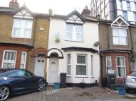 3 bedroom Terraced home to rent in Edridge Road, Croydon...