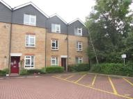 Maisonette for sale in Gowlland Close, Croydon...